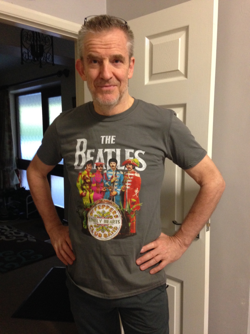 James and sgt pepper T shirt 1016
